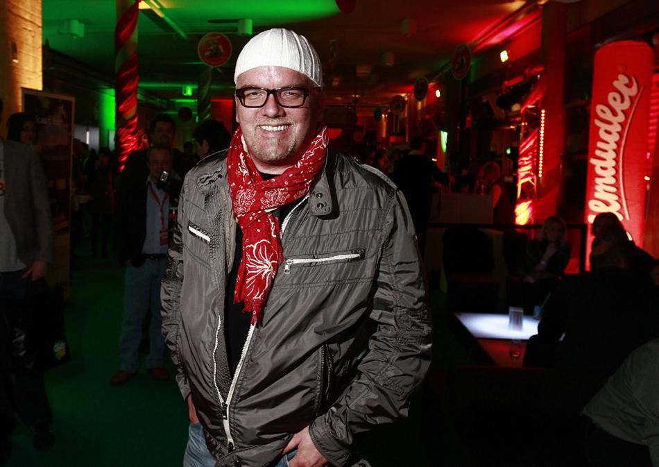 FOTO: PETER GERBER, 11.03.2011, GRANGES POCCOT (FR): DJ OETZI. VIP. 30 JAHRE MUSIKANTENSTADEL, AUS DEM KANTON FRIBOURG